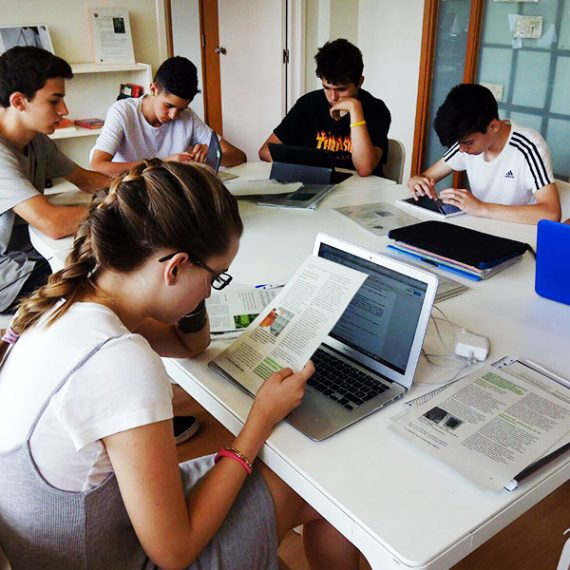 ESO: High - Col·legi CreaNova - Learning by Doing - Sant Cugat del Vallès - Barcelona