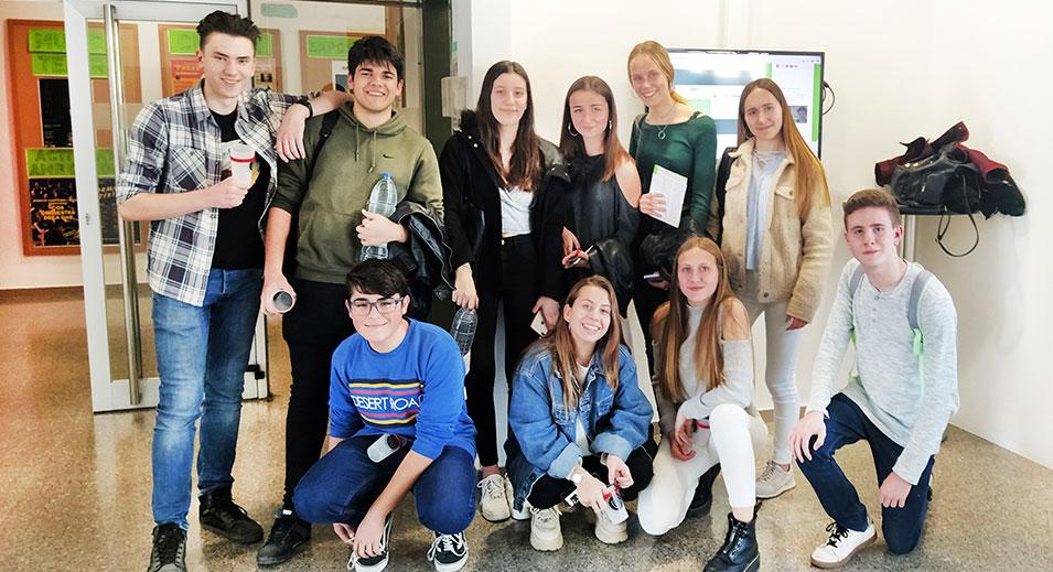 Lliga de debat de la UAB 2020- Col·legi CreaNova Learning by doing - Sant Cugat del Vallès (Barcelona)
