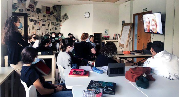 CreaNova disfruta de las experiencias de sus abuelos y abuelas desde la distancia - Col·legi CreaNova - learning by doing - Sant Cugat del Vallès - Barcelona