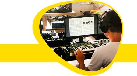 Extra Creanova Música Digital: las actividades extraescolares de Col·legi CreaNova - learning by doing - Sant Cugat del Vallès - Barcelona